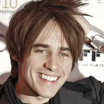 Reeve Carney Extends 'Spiderman' Contract Through May